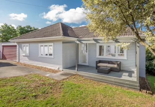Kumeu, 3 Bedroom Home, Property ID: 62000561 | Barfoot & Thompson