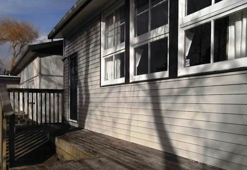Helensville, Two bedroom Beauty, Property ID: 62000579 | Barfoot & Thompson