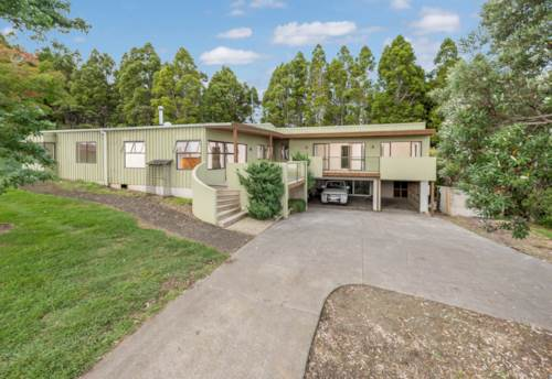 Muriwai, Views and Privacy, Property ID: 62000640 | Barfoot & Thompson