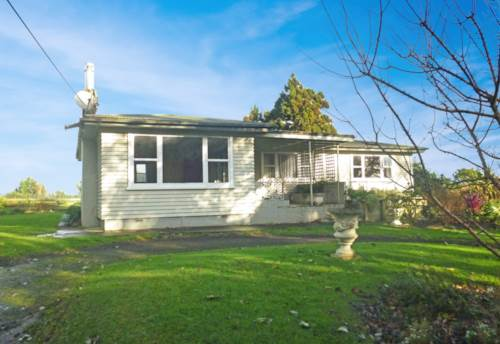 Helensville, Rural and Quiet , Property ID: 62000706 | Barfoot & Thompson
