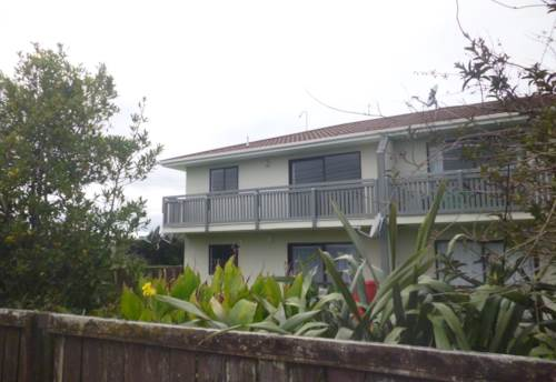 Kumeu, 2 Bedroom, Property ID: 62000731 | Barfoot & Thompson