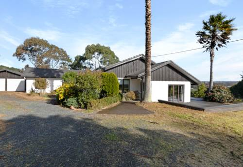 Kumeu, Lovely Family Home, Property ID: 62000732 | Barfoot & Thompson
