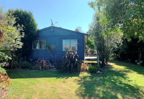Helensville, Handy in Helensville, Property ID: 62000766 | Barfoot & Thompson