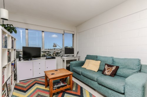 Newmarket, Bright, light and cosy studio apartment, Property ID: 65002293 | Barfoot & Thompson