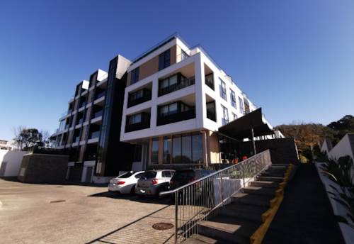 Newmarket, Nearly New Apartment, Property ID: 65002402 | Barfoot & Thompson