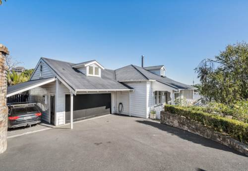 Remuera, Classic Villa - Pet Fiendly, Property ID: 65002453 | Barfoot & Thompson