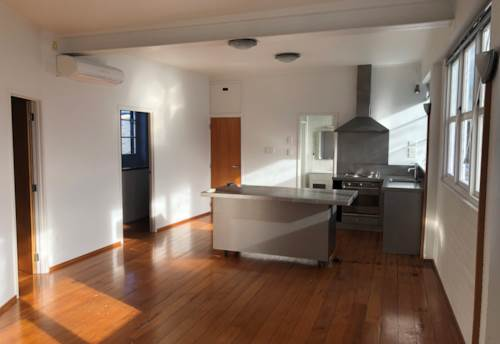 Newmarket, 1 bedroom apartment - great location , Property ID: 65002463 | Barfoot & Thompson