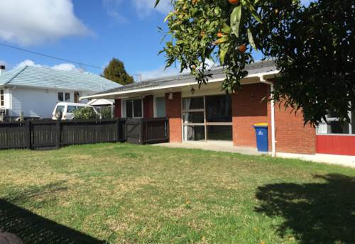 Te Atatu South, Te Atatu Darling, Property ID: 66000608 | Barfoot & Thompson