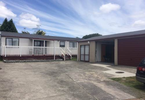 Te Atatu Peninsula, 3 Bed with Rumpus, Property ID: 66000655 | Barfoot & Thompson