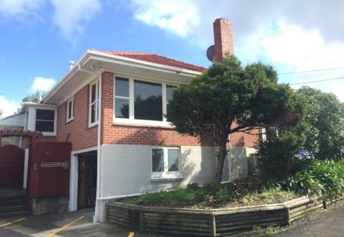 Te Atatu South, Family friendly home, Property ID: 66000691 | Barfoot & Thompson