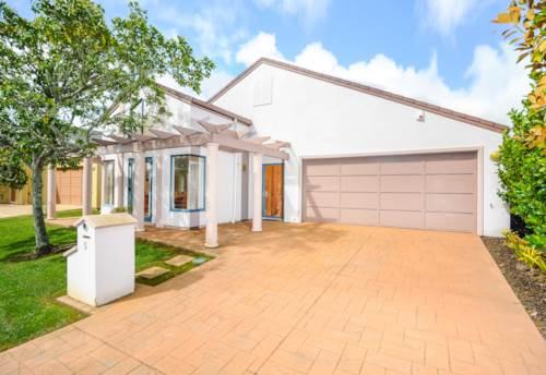 Te Atatu Peninsula, classy on the peninsula, Property ID: 66000699 | Barfoot & Thompson