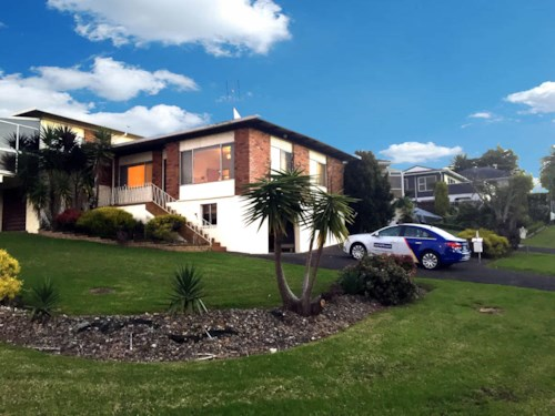 Glendene, Sapcious 2 Bedroom in Sought after Street, Property ID: 66000730 | Barfoot & Thompson