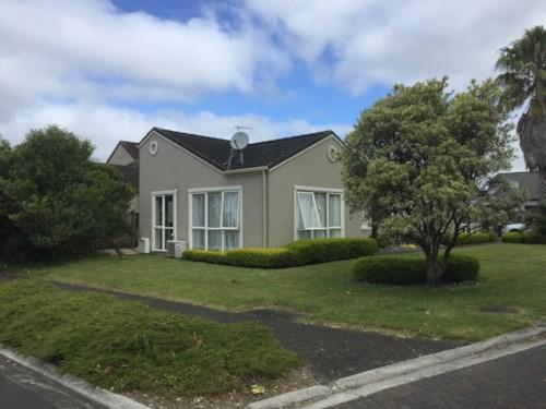Te Atatu Peninsula, Hidden on Huntaway, Property ID: 66000816 | Barfoot & Thompson
