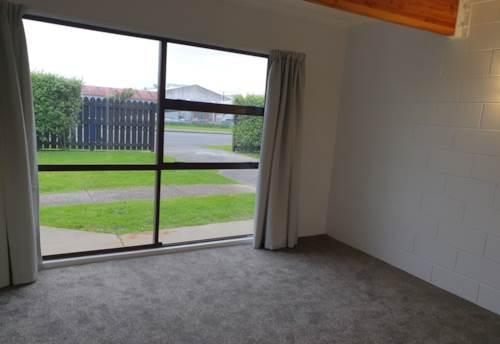Te Atatu Peninsula, Immaculate 1 Bedroom, Property ID: 66000845 | Barfoot & Thompson