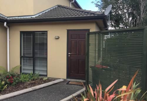 Te Atatu Peninsula, Well Presented Unit, Property ID: 66000877 | Barfoot & Thompson