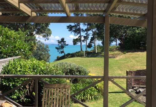 Beachlands, Beach Living, Property ID: 67000355 | Barfoot & Thompson