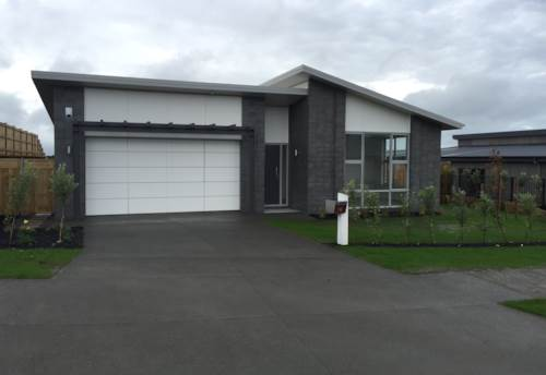 Beachlands, Nearly new home in Beachlands, Property ID: 67000356 | Barfoot & Thompson