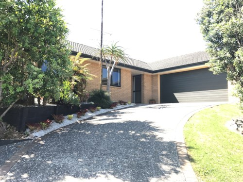 Beachlands, Comfortable Family Home, Property ID: 67001368 | Barfoot & Thompson