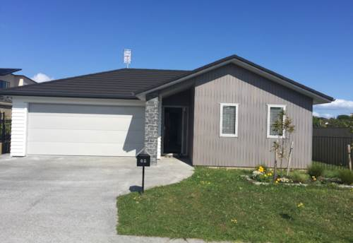Beachlands, 4 Bedroom home in Spinnaker Bay, Property ID: 67002440 | Barfoot & Thompson