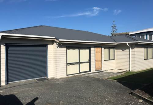 Beachlands, 4 bedroom home , Property ID: 67003490 | Barfoot & Thompson