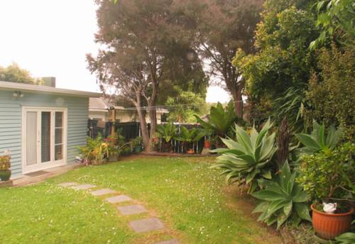 Torbay, Tidy 2 bedroom cottage, Property ID: 68000339 | Barfoot & Thompson