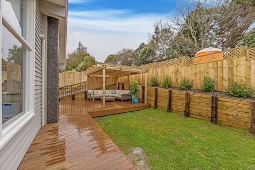 Torbay, Fresh, modern and very low maintenance!, Property ID: 68000473 | Barfoot & Thompson