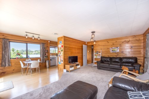 Torbay, Built for family living, Property ID: 68000481 | Barfoot & Thompson