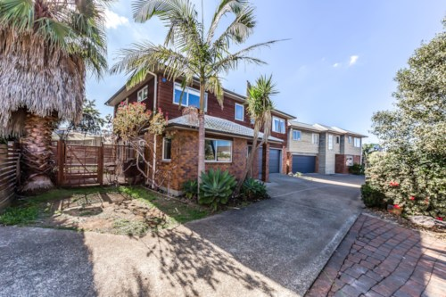 Avondale, Prefect Family Home, Property ID: 68000492 | Barfoot & Thompson