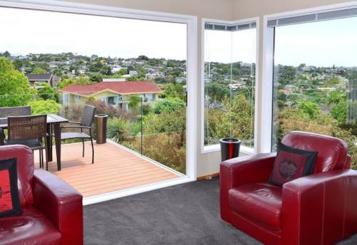 Mairangi Bay, Large family home in wonderful Mairangi Bay, Property ID: 70000008 | Barfoot & Thompson