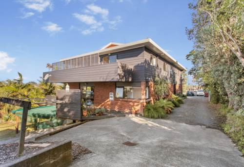 Manly, Ground Level Self Contained Flat, Property ID: 70000079 | Barfoot & Thompson