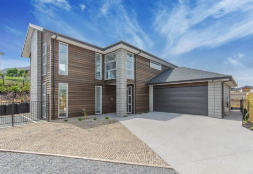Millwater, Exceptional Large Family Home, Property ID: 70000098 | Barfoot & Thompson