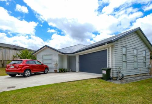 Millwater, Beautiful family home in Millwater, Property ID: 70000111 | Barfoot & Thompson