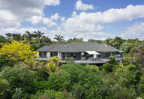 Kerikeri, Fantastic Fully Furnished Home - 4 months, Property ID: 71000237 | Barfoot & Thompson