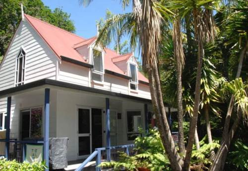Kerikeri, FULLY FURNISHED COTTAGE, Property ID: 71000330 | Barfoot & Thompson