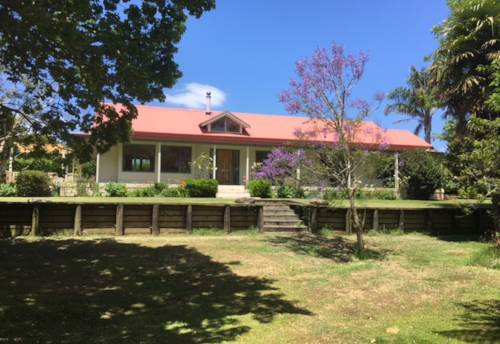 Kerikeri, NEED A HOLIDAY - SHORT TERM LET, Property ID: 71000341 | Barfoot & Thompson