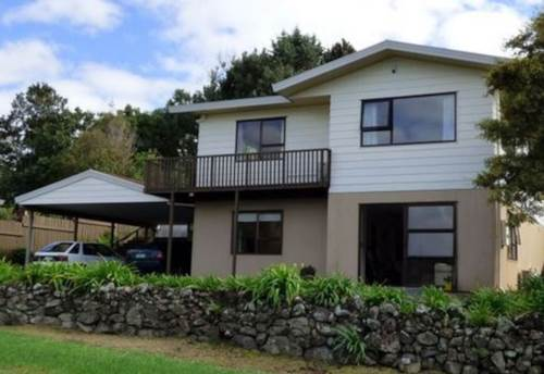 Kerikeri, Large family home in town, Property ID: 71000350 | Barfoot & Thompson