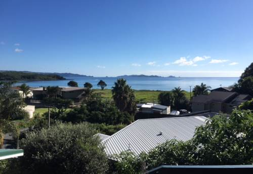 Kerikeri, NEWLY RENOVATED COTTAGE BY THE BEACH - SWALLOWS NEST, Property ID: 71000361 | Barfoot & Thompson
