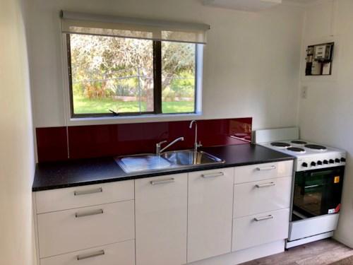 Kerikeri, Quaint Little Cottage, Property ID: 71001408 | Barfoot & Thompson