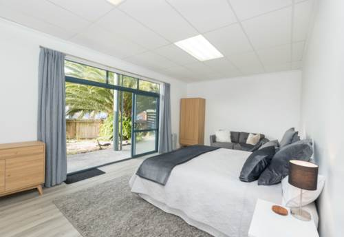 Paihia, Large 3 Bed apartment with office, Property ID: 71001410 | Barfoot & Thompson