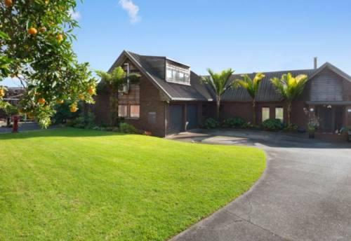 Kerikeri, Idyllic Riverview, Property ID: 71001440 | Barfoot & Thompson