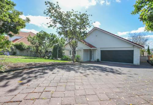 Howick, Great Location, Property ID: 72001850 | Barfoot & Thompson