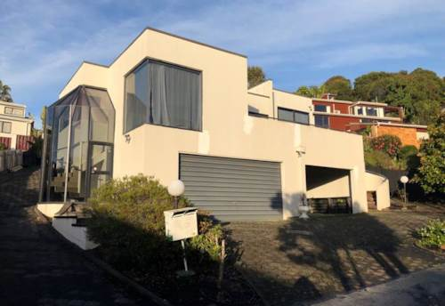 Howick, Large Howick Home, Sea views, Property ID: 72003021 | Barfoot & Thompson