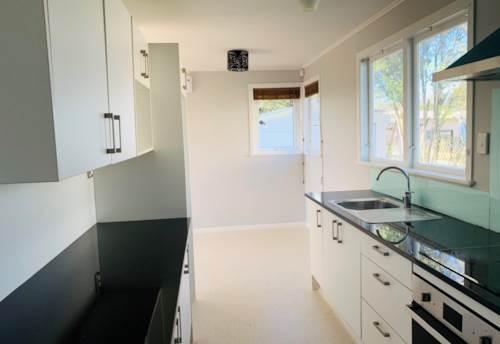 Papakura, Family Home , Property ID: 72003351   Barfoot & Thompson