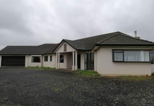 Takanini, Spacious 4 bedroom home, Property ID: 72003361 | Barfoot & Thompson