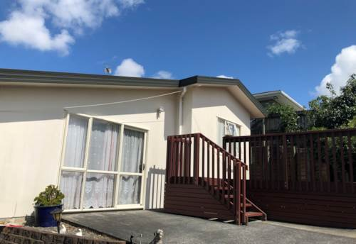 Goodwood Heights, Quiet 2 bedroom home with a view, Property ID: 72003382 | Barfoot & Thompson