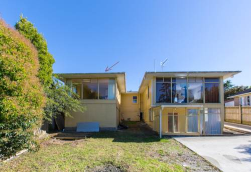 Beach Haven, Water And Lawn Included , Property ID: 75000381   Barfoot & Thompson