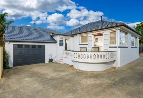 Bayswater, 3 bed Bayswater, Property ID: 75000493 | Barfoot & Thompson