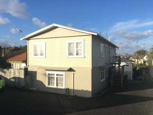 Beach Haven, Walk to Bus Stop & Shops! Heat Pump!, Property ID: 75000609 | Barfoot & Thompson