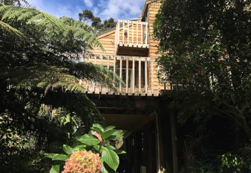 Beach Haven, Private & Space & Warm, Property ID: 75000655 | Barfoot & Thompson