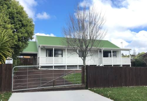 Henderson, Good Size Of Bedrooms & Spacious , Property ID: 75000691 | Barfoot & Thompson